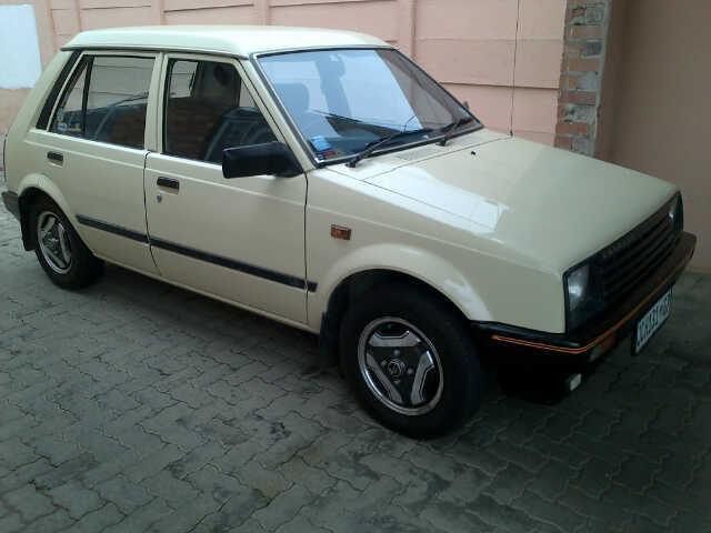 1984 Daihatsu Charade Hatchback
