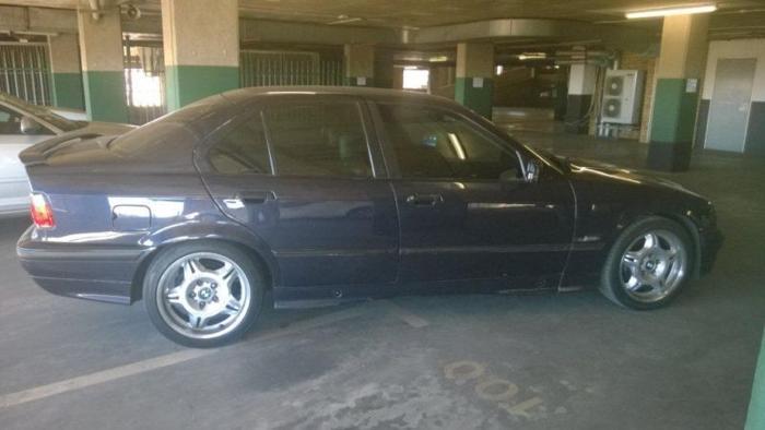 1994 BMW 3-Series Sedan