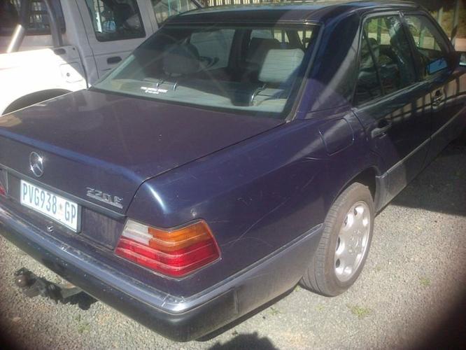 1996 Mercedes-Benz E-Class Sedan