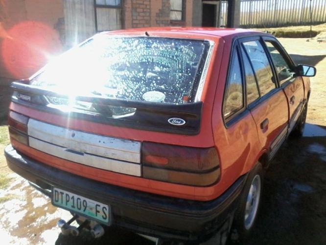 1998 Ford Other Hatchback