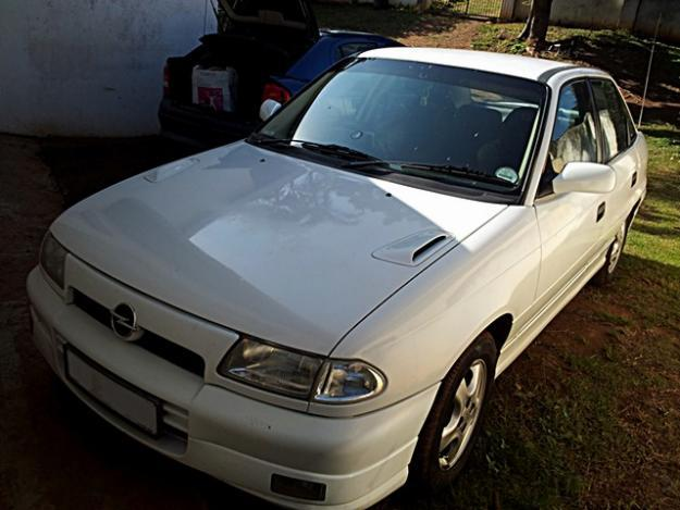 1999 Opel Astra 200IS