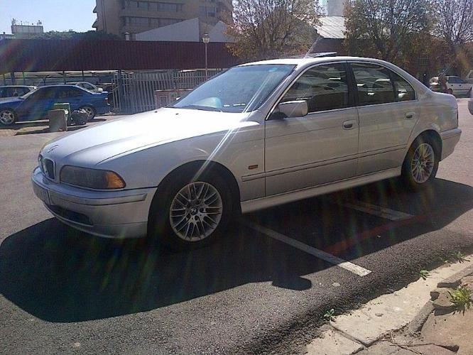 2001 BMW 5-Series Sedan