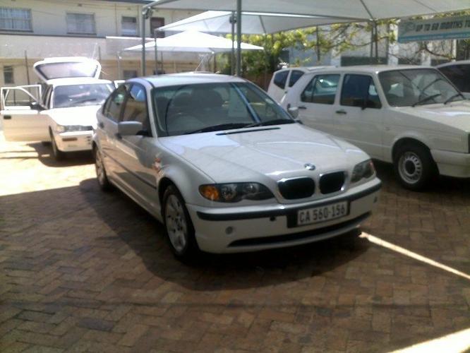 2003 BMW 318i Full House (Automatic)