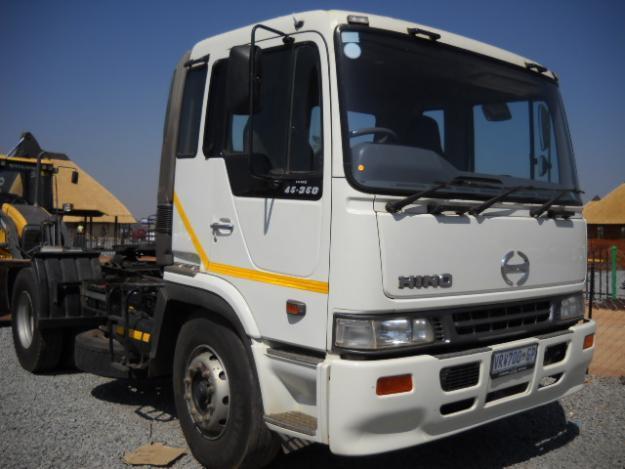 2004 Hino 45 - 350