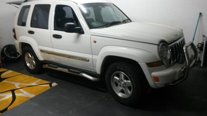 2005 Jeep Cherokee 3.7 V6 4x4