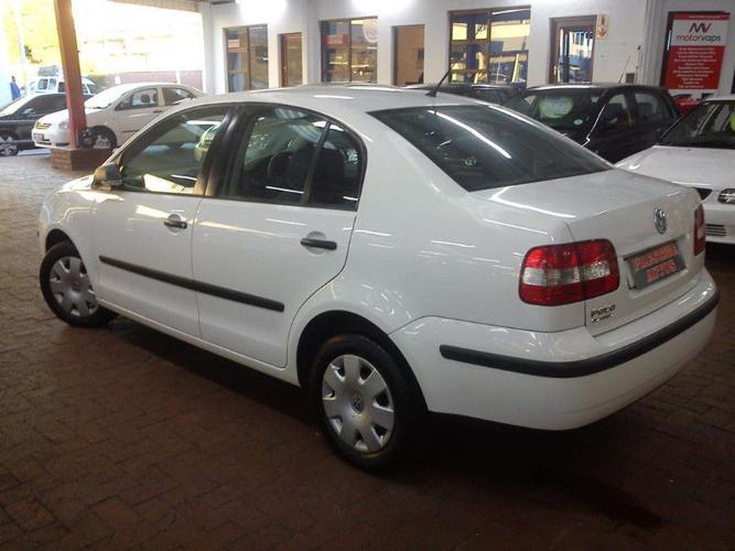 2005 Volkswagen Polo 1.4i trendline Sedan FSH CALL