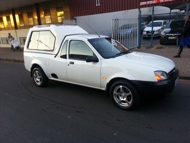 2006 Ford Bantam Minivan