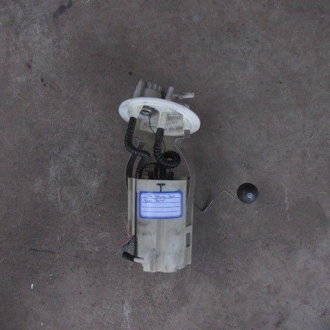 2006 Volvo s40 2l t fuel pump