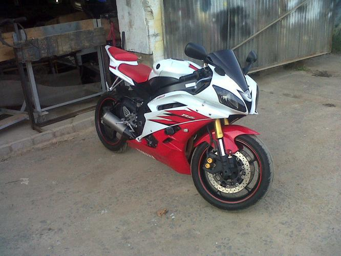 2006 Yamaha R6 UP FOR GRABS-YOU SNOOZE,YOU LOOSE