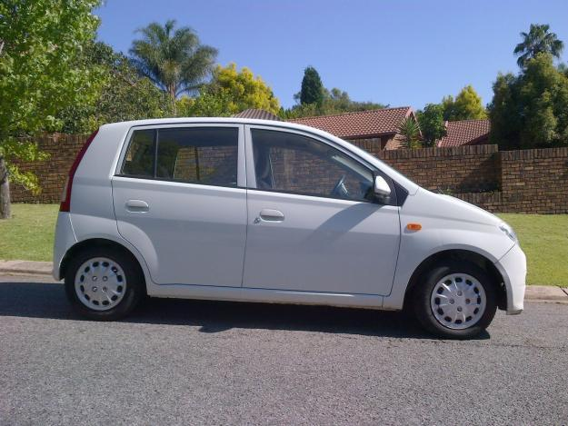 2007 Daihatsu Charade XLE with only 120000km! Bargain