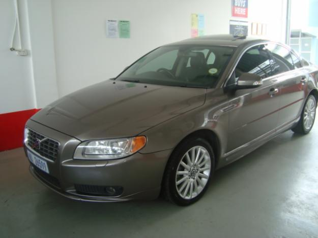 2008 VOLVO S80 D5 GEARTRONIC -R3800 PER MONTH