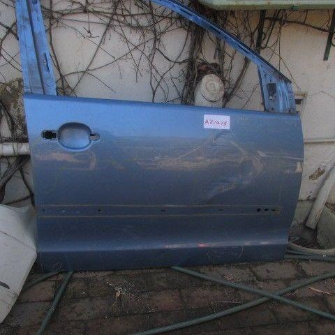 2008 VW Polo right front door shell