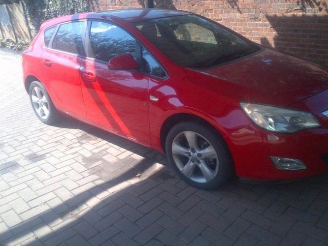 2011 Opel Astra Hatchback