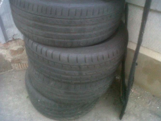 205 70. 17. run flats. tyres