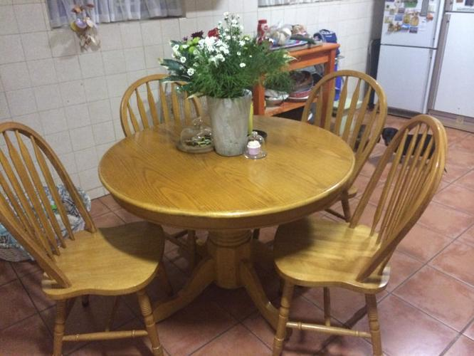 4 Chair Oak Dining Room Table Chairs