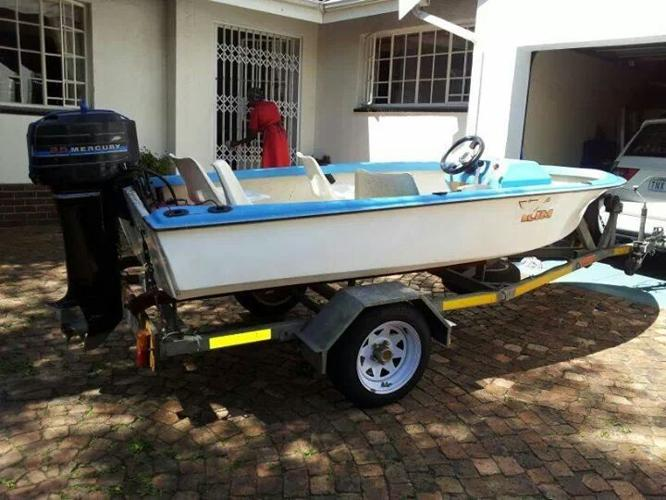 4 man fishing boat for sale (full house)