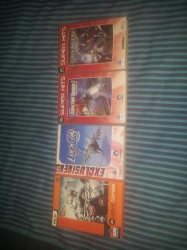 4 OLD PC GAMES FOR SALE