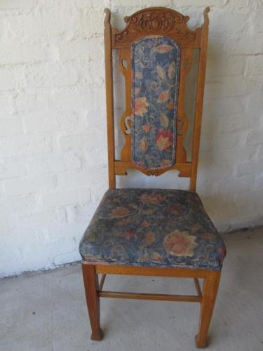 4x Beautiful Dining chairs for sale