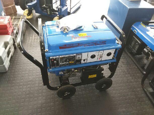 6 5kw generator tekoop for Sale in Kimberley, Northern Cape
