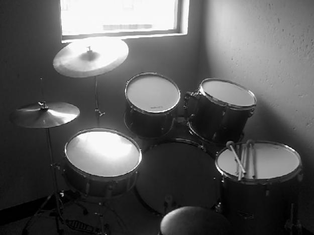 7 Piece Drum Set For SALE