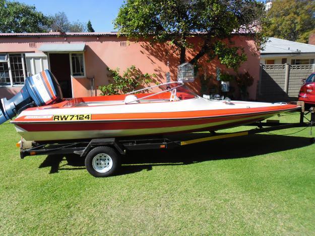 85 hp Yamaha boat