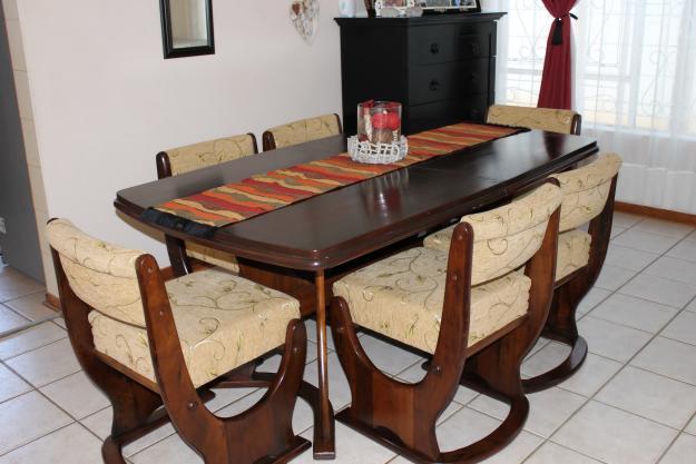 8 piece dining suite for sale for sale in qumbu eastern for Dining room tables port elizabeth