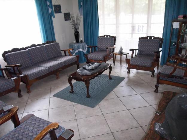 9-seater imbuya wood lounge suite