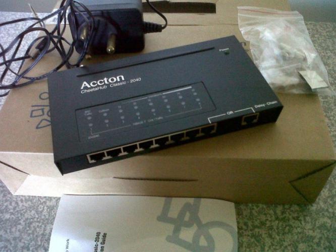 Accton Netwerk Hub