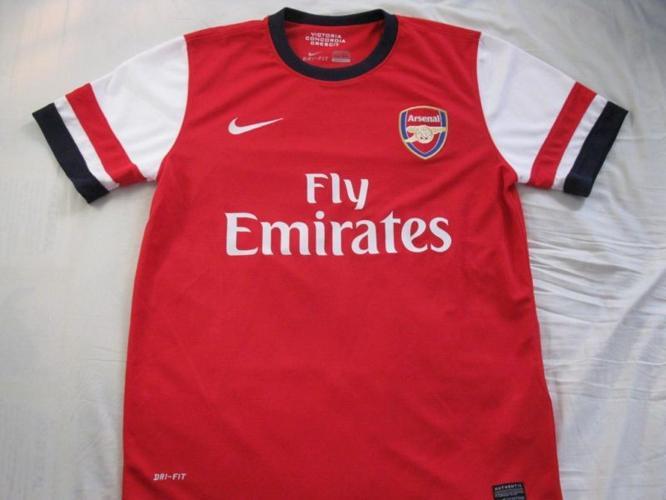 Arsenal Football Medium shirts