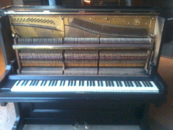 Baby grand piano for sale in worcester western cape for How big is a baby grand piano