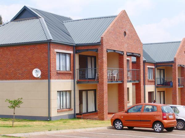 Bachelor Apartment The Yard Auckland Park Melville For