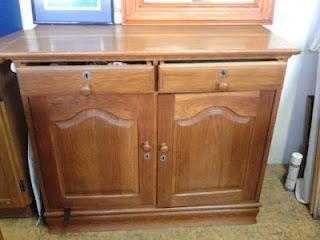 Beautiful Classy Solid Oak Sideboard - R1999 ONCO