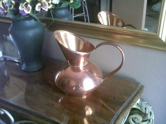 Beautiful Largish copper jug