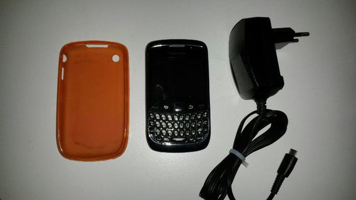 Blackberry Curve 9300 with soft silicone cover case and