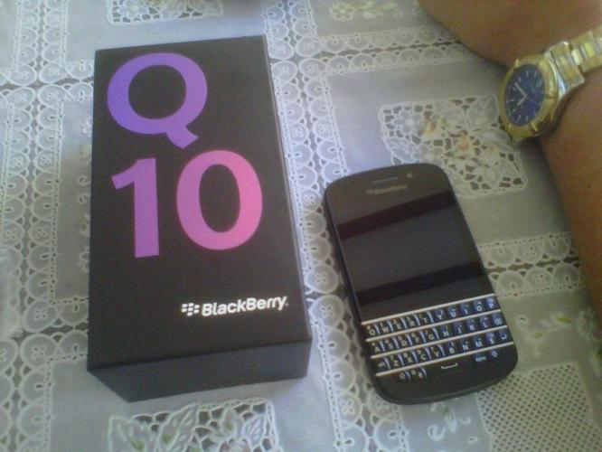 BlackBerry Q10 4 sale