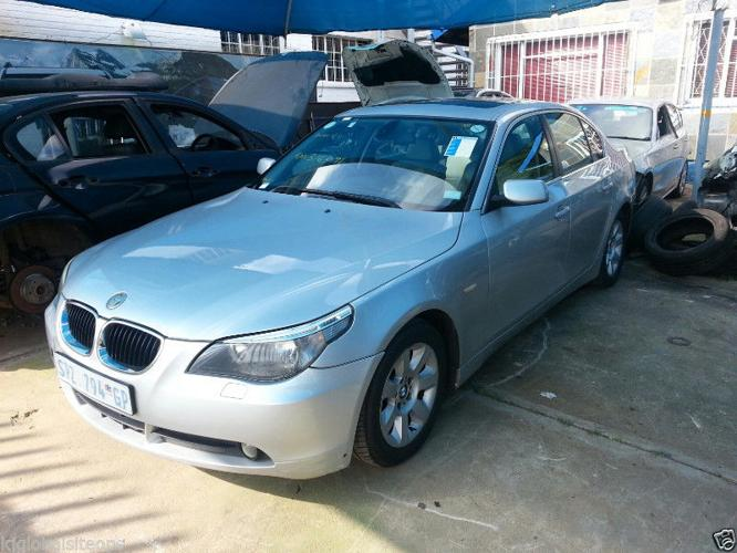 BMW E60 523i 2006 STRIPPING FOR PARTS SPARES