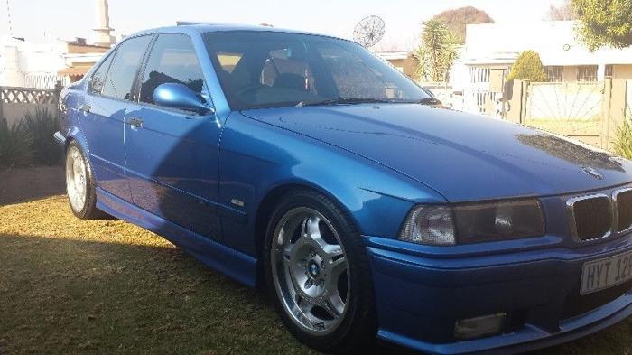 BMW M3 4 door , E36