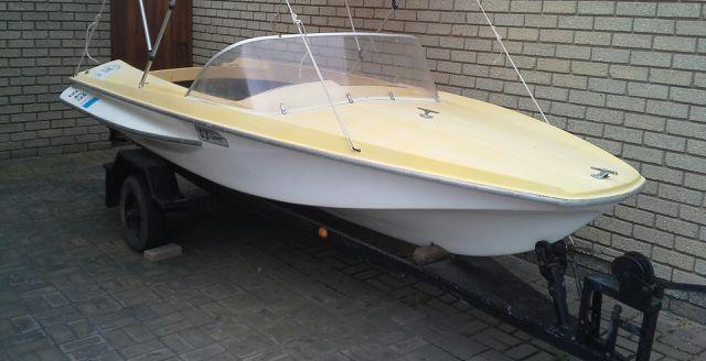 Boat on Trailer URGENT sale