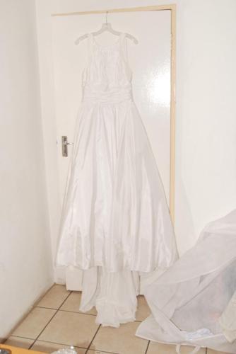 Bride & Co Wedding Dress Size 10