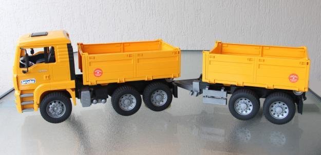 BRUDER Construction Truck & Trailer