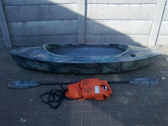Canoe for sale - R1200