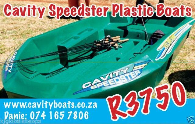CAVITY SPEEDSTER PLASTIC BASS FISHING BOATS