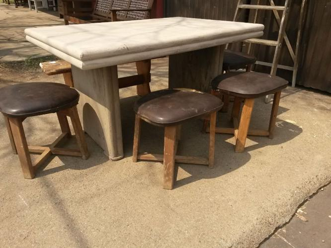 Cazmo 417-Style -Wooden stools