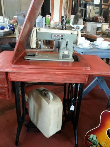 Cazmo 417-Style - Vintage Sewing Machine