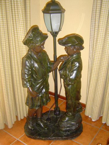 Children standing lamp