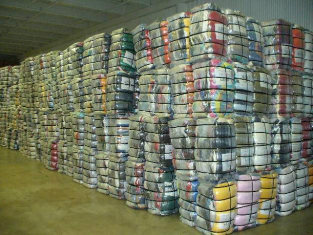 clothing bales for Sale in Johannesburg, Gauteng