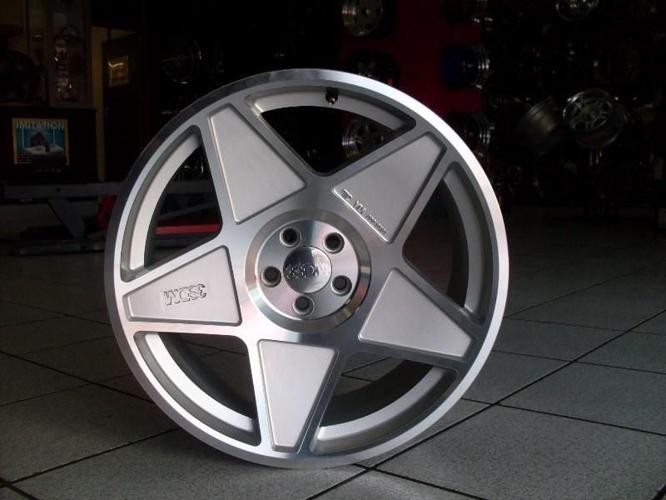 Concept Wheels 19 Quot 2nd Hand 5 100 3sdm Rims For Golf Jetta