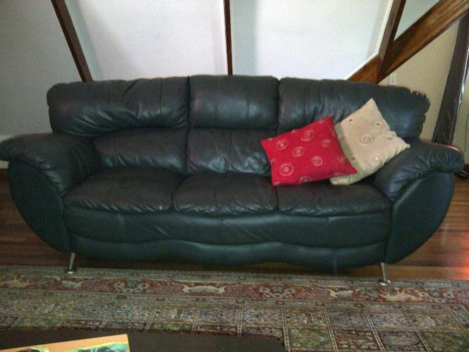 Dark Green Leather Couches For Sale In Pretoria Gauteng