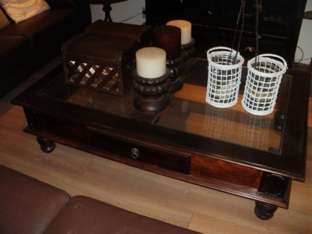 Dark Wood Coffee Table With Glass Incerts Beautiful Piece For Sale In Cape Town Western Cape