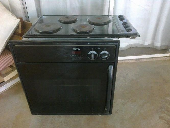 Defy Gemini Petit Chef Oven and Stove top